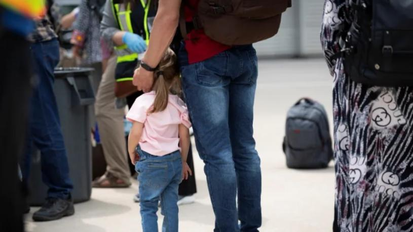 卡加利被選為阿富汗難民從美國抵達加拿大的入境口岸。
