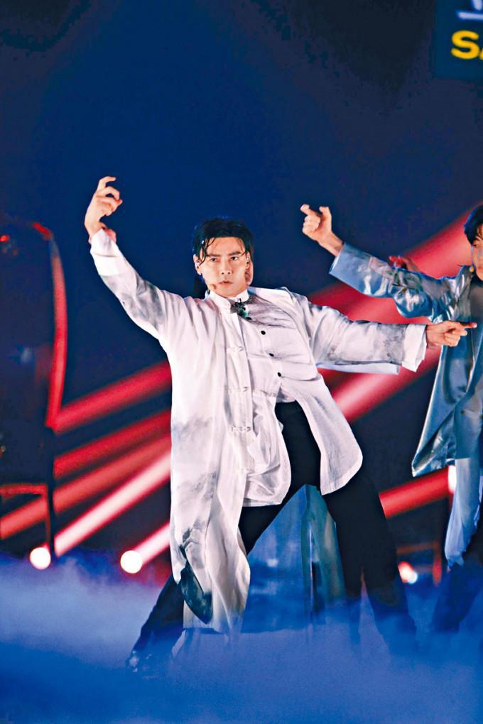 张晋首次唱Rap大获好评。