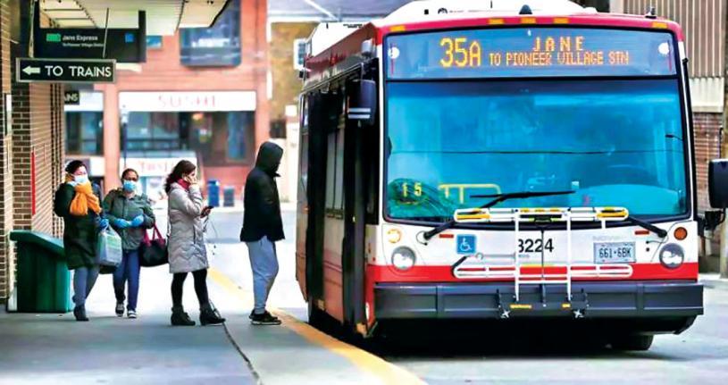 ■疫情期間,大溫巴士乘客量一度減少。 資料圖片